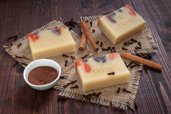Sapunuri naturale handmade Cacaco si Scortisoara SKINIC